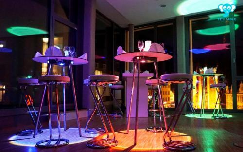 LED Table RGBW